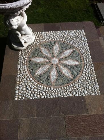 Disegni su pietra brescia marini porfidi for Disegni frontali in pietra